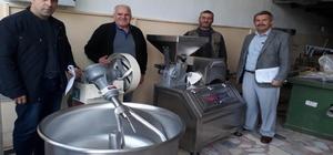 Bal üreticilerine 'Arı Kek' makinesi