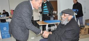 Başkan Özdemir engellilerle bir araya geldi