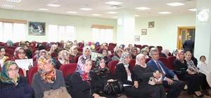 Suşehri'nde Kadın Hakları Günü konferansı