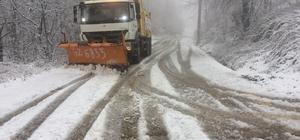 Kocaeli'de 410 kişilik ekip karla mücadele ediyor