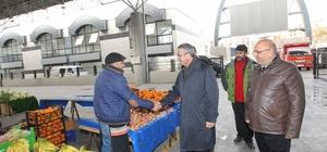 Başkan Köşker'den Tatlıkuyu Pazarına ziyaret