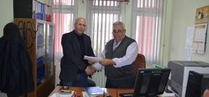 CHP İlçe başkanı Dümenci mazbatasını aldı