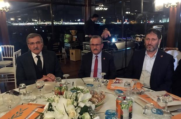 Zeytinburnu'nun 'Engeliz Orkestra'sı Sepetçiler Kasrı'nda sahne aldı