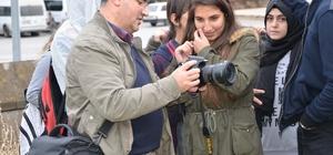 Fotoğraf sanatçıları, öğrencilerle bir araya geldi