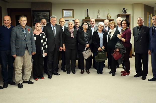 Başkan Karaosmanoğlu, Kocaeli Kent Konseyi'ni ağırladı