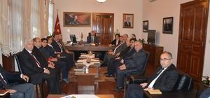 Edremit'te çalışmalar ve kamu yatırımları masaya yatırıldı