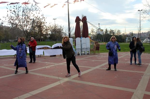 Kadınlar kansere karşı zumba dansı yaptı