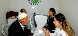 Kepez'in 'Sağlık Tırı' şifa dağıtıyor