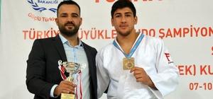 Şişmanlar judoda tarih yazmaya devam ediyor