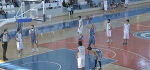 Karaman'da üniversitelerarası basketbol turnuvası başladı