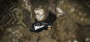 Patates çuvalları arasında 17 bin paket kaçak sigara ele geçirildi