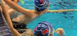 SANKOLU yüzücüler Mersin'de madalyaya kulaç attı