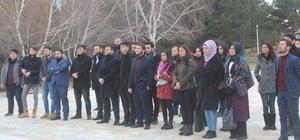 Dumlupınar Üniversitesi öğrencilerinden şehitlik ziyareti