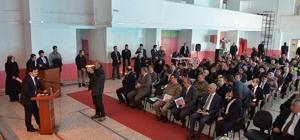 Vali Arslantaş, Erzincan'ın Kemah ve Refahiye ilçelerindeki muhtarlar ile bir araya geldi