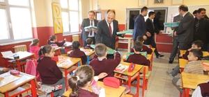 Beyşehir'de ilkokul öğrencilerine flüt eğitim seti hediyesi