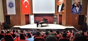 3. Gülsin Onay Piyano Günleri genç yetenek Salih Can Gevrek'i ağırladı