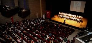 İzmir'in koroları Karşıyaka'da buluştu