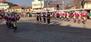 81 iliz Hepimiz Biriz Sergisi Bucak'ta Açıldı