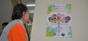 Yüksekova'daki okullarda ilk yarım saat kitap okunuyor