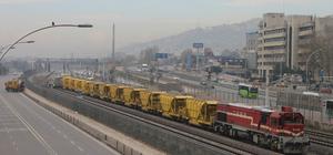 Kocaeli'de yük treni vagonu raydan çıktı