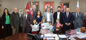 Başkan Yemenici öğrencilere ödül verdi