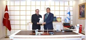 Ceylanpınarlılar'dan Belediye Başkanı Menderes Atilla'ya ziyaret