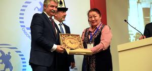 Cengiz Aytmatov Samsun'da anıldı