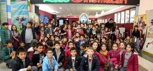 Aksaray Belediyesi çocukları sinema ile buluşturuyor