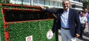 Karşıyaka'nın çim kaplama çöp kutuları beğenildi