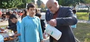 Başkan Karaçelik'ten Yerli Malı Haftası ikramı