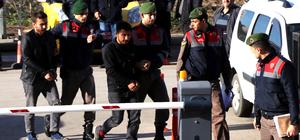 Sınırda PKK ve DHKP/C üyesi 9 kişi yakalandı