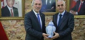 Erol Kaya: Başarılı çalışmalarından dolayı Kamil Saraçoğlu ve ekibini tebrik ediyorum