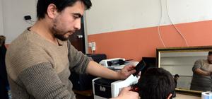 Köydeki öğrencilere ücretsiz saç tıraşı
