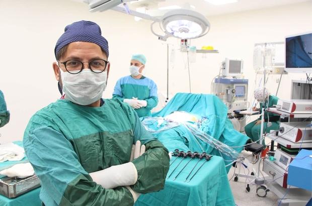 Bin hastanın 48 ton göbek yağını ameliyatla eritti