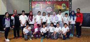 Geleneksel Badminton kurtuluş kupasına rekor katılım