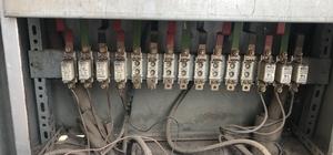 Elektrik panosu tehlike saçıyor