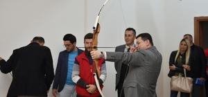 Kepez'de okçuluk kursu