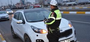 Torununa otomobil kullandıran dedeye ceza