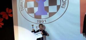 ydınlı Furkan'dan satrançta büyük başarı
