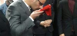 Aşkale Ülkü Ocakları'nda bayrak değişimi