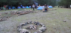 Doğaseverlerden kışa merhaba kampı
