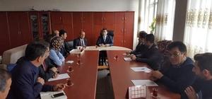 Kaman İlçe Kaymakamı Murat Girgin, sosyal medya kullanımı ve madde bağımlılığı konularında öğretmenlerle görüştü