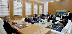 Başkan Toçoğlu, AK Parti Hendek İlçe Teşkilatı buluştu