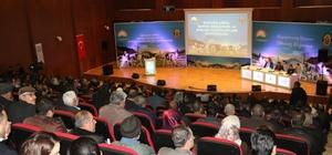 Diyarbakır'da 'Buzağılarda Bakım Beslenme ve Buzağı Hastalıkları' konferansı