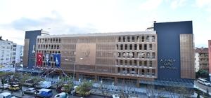 Alaybey'in 7 katlı otoparkı açıldı