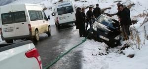 Karda mahsur kalanların imdadına belediye yetişti