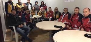 Sağlık Müdürü Mehmet Metin Demir, Sahra hastanesi personeliyle bir araya geldi