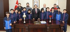 Başkan Atilla öğrencileri ağırladı