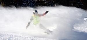 Kars'ta kayak yarışları nefes kesti