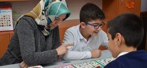 Teknoloji bağımlılığına karşı 'Akıl Oyunları Sınıfı' açıldı